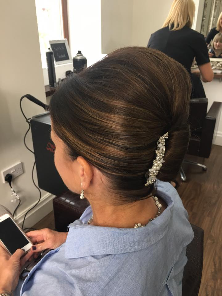 Hair up done today by Stephanie…Continue Reading..