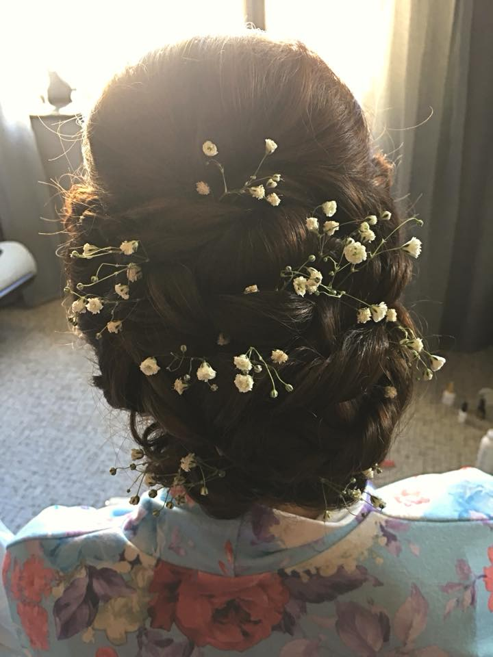 Wedding Hair by Steph…Continue Reading..