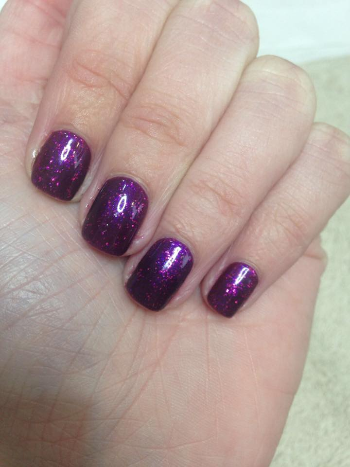 Gorgeous shellac by Laura   …Continue Reading..