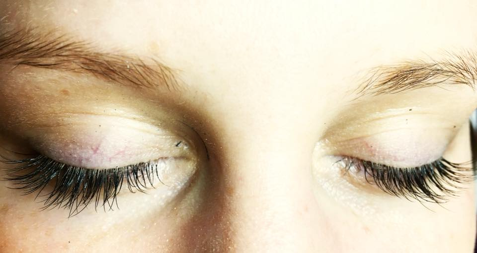 Beautiful semi-permanent Lashes by Laura …
