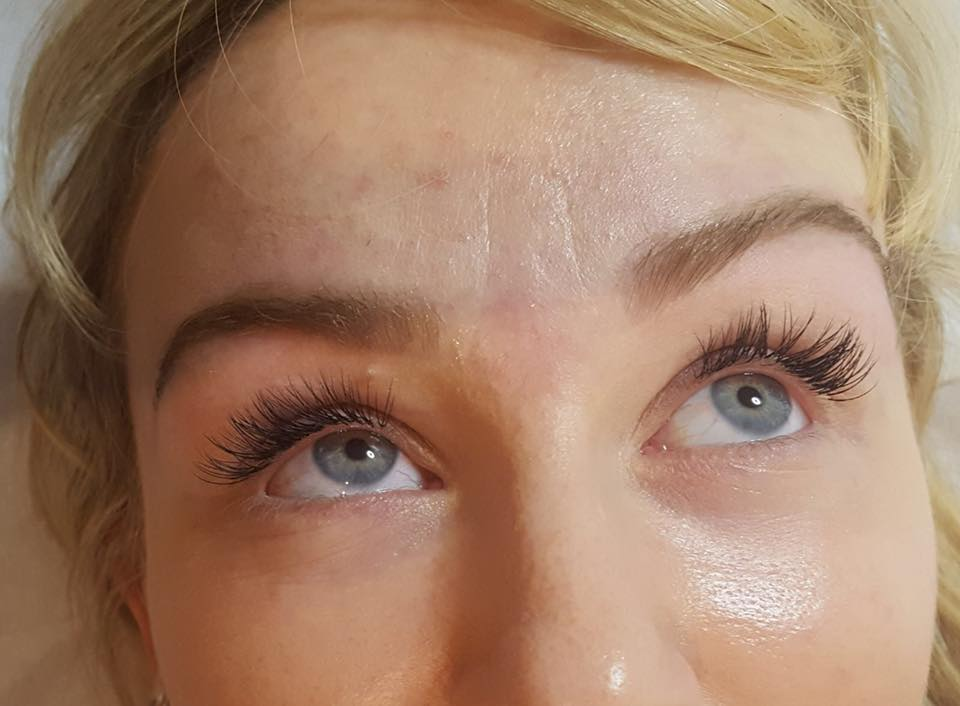 Hi Brow and Semi Permanent Lashes by Lydia…Continue Reading..