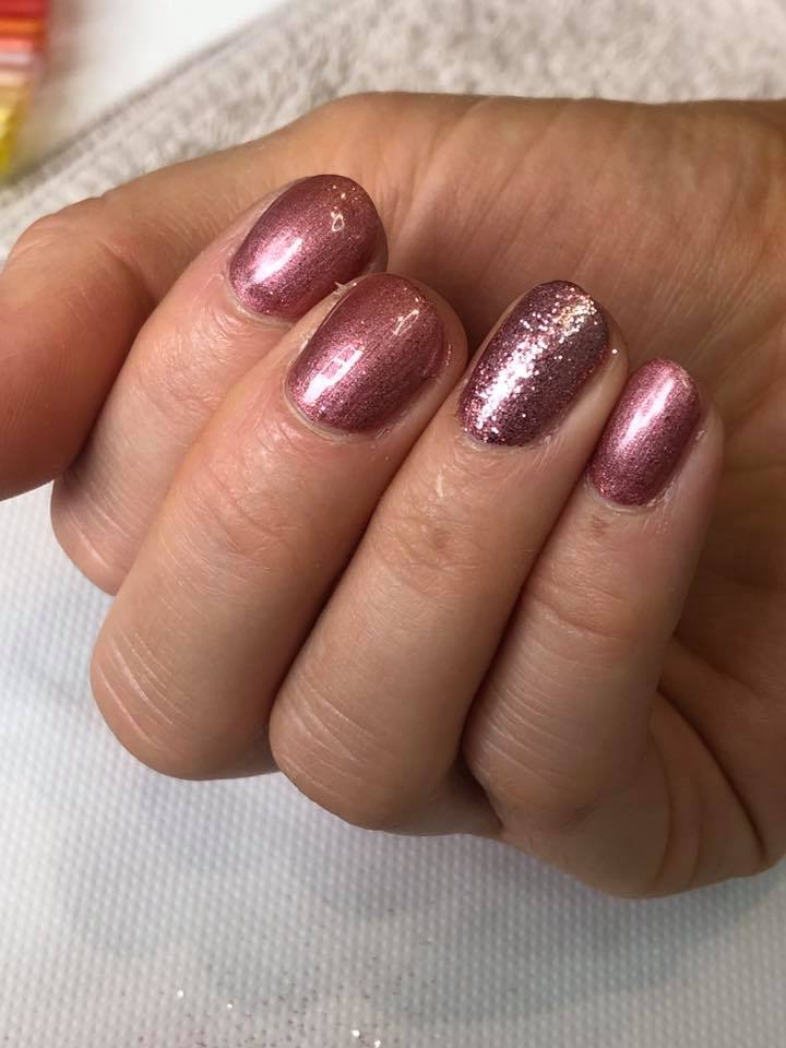 Shellac Nails by Lorna…Continue Reading..